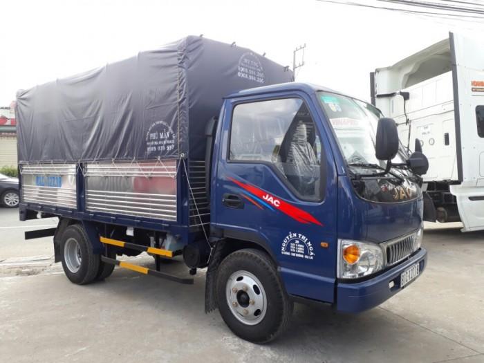 xe tải jac 2.4 tấn thùng mui bạt