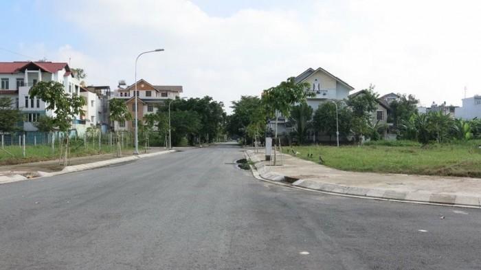 Bán đất MT đường Nguyễn Thị Định quận 2, vừa hoàn thành lên thổ cư 100%, sổ riêng