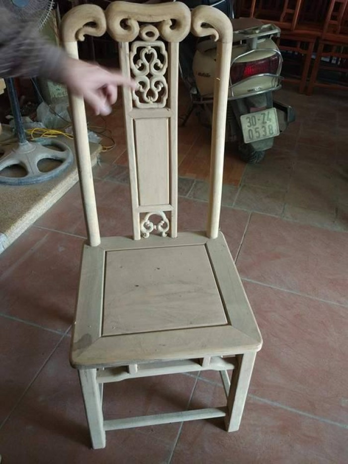 Bộ bàn ghế ăn kiểu bàn tròn gỗ gụ1