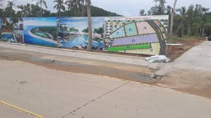 Bán đất nền 2 MT đường Cây thông ngoài huyện Phú Quốc, giá 520 triệu/lô