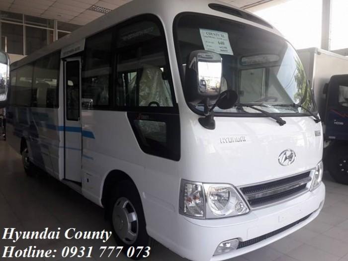 Giá xe Hyundai County 29 chỗ 4