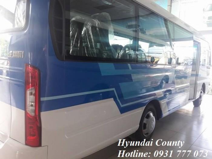 Giá xe Hyundai County 29 chỗ 6