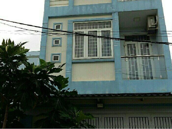 Nhà 243 Hoàng Diệu 4X12M Đúc 2 Tấm Sân