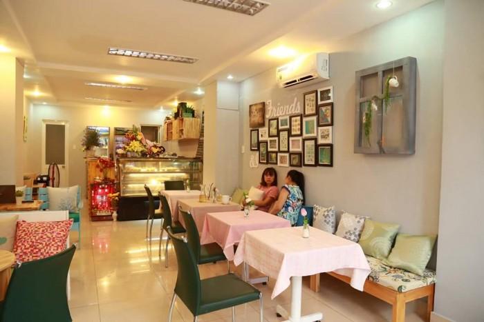 Cần Sang Nhượng Mặt Bằng Quán Café  , MT Đường Nguyễn Hồng Đào . Quận Tân Bình