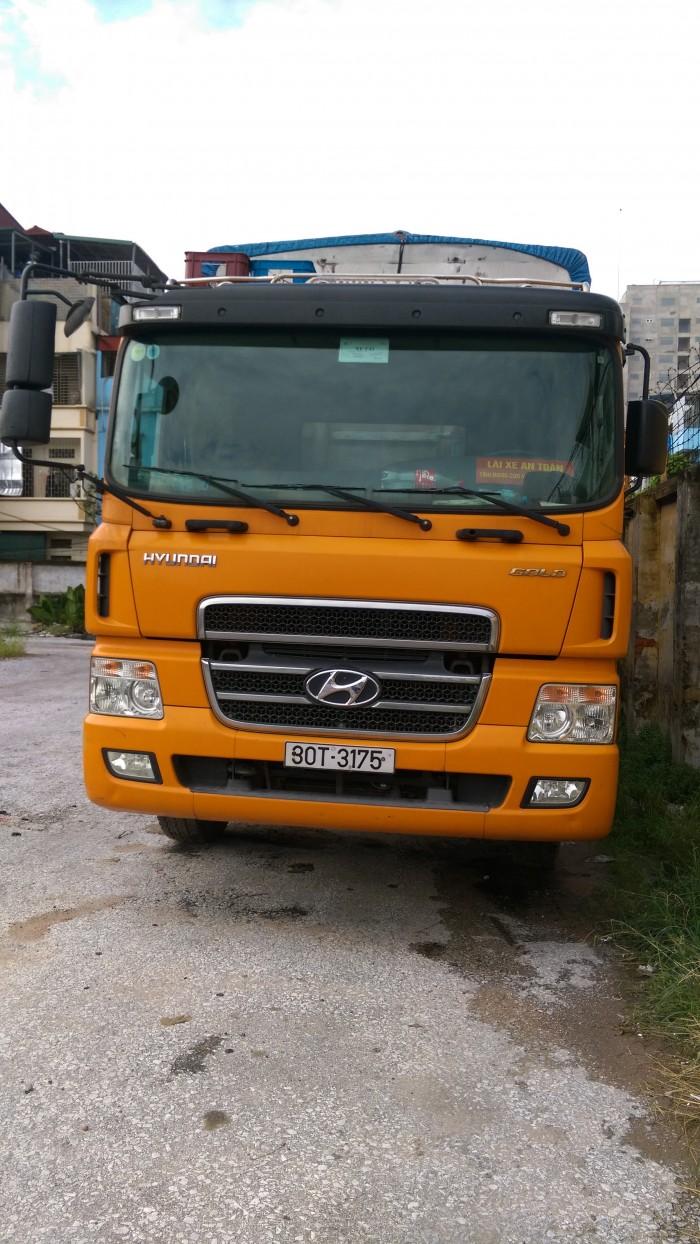 Xe tải Hyundai 4 chân 19 tấn