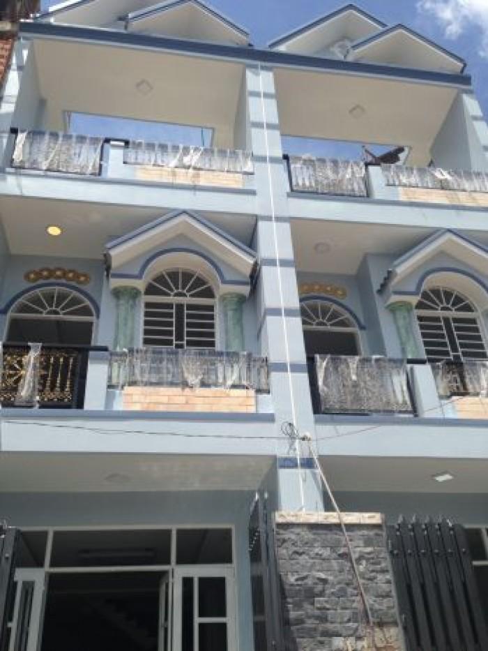 Bán nhà 2 lầu 3 phòng NGủ đường Tô Ngọc Vân Liền kề Gò Vấp Giá 650Tr
