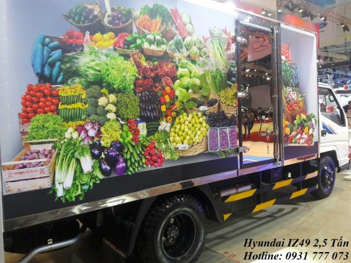 Hyundai IZ49 2,4 Tấn, Trả trước 80 triệu, giao xe tháng