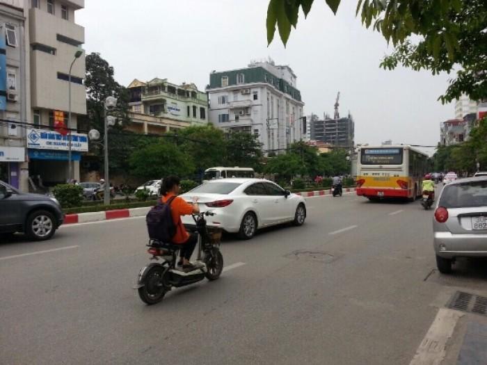 Bán nhà mặt phố Xã Đàn, Ô Chợ Dừa 48m2x2t kinh doanh cực tốt giá 17,5 tỷ