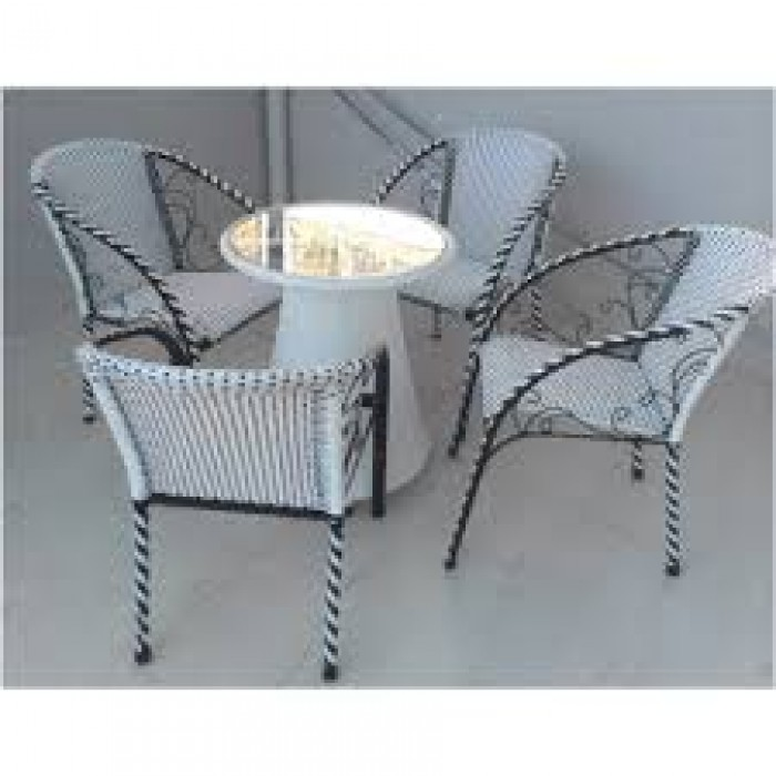 Chuyên sản xuất các loại bàn ghế cafe giá rẻ nhất5