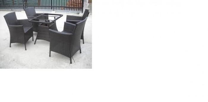 Cần thanh lý gâp bàn ghế xuất khẩu giá rẻ0