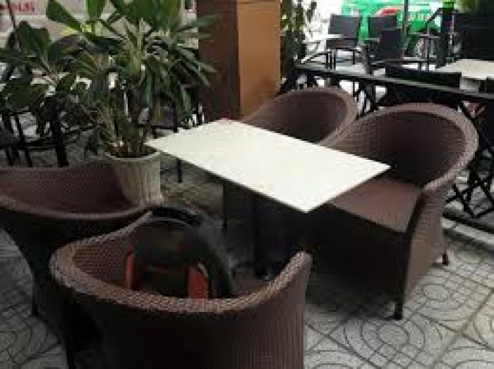 Cần thanh lý gâp bàn ghế xuất khẩu giá rẻ2