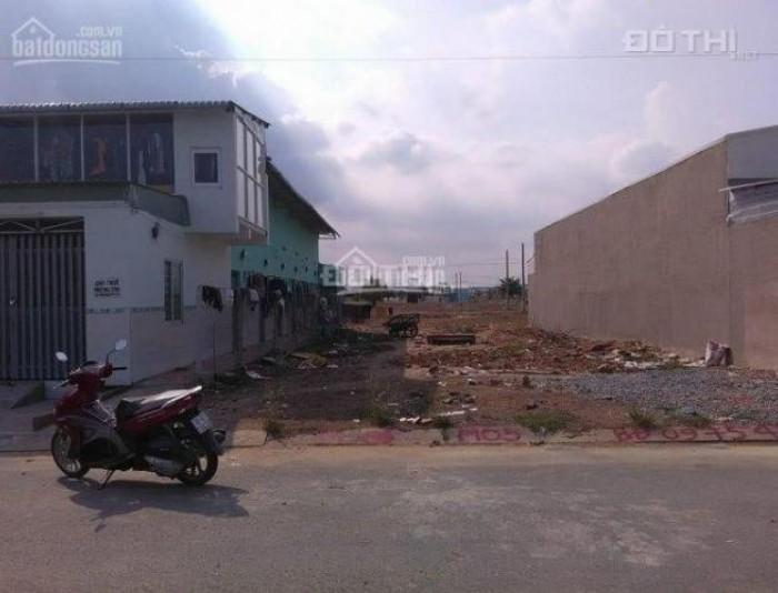 Bán đất mặt tiền đường số Tạ Quang Bửu, DT: 4x20m, giá 4,4 tỷ.