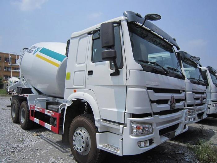 Xe trộn bê tông Howo - xe nhập khẩu
