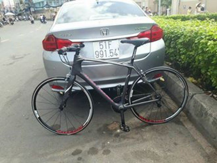 Xe đạp Touring  cacbon SPECIALIZED 2017 (USA)