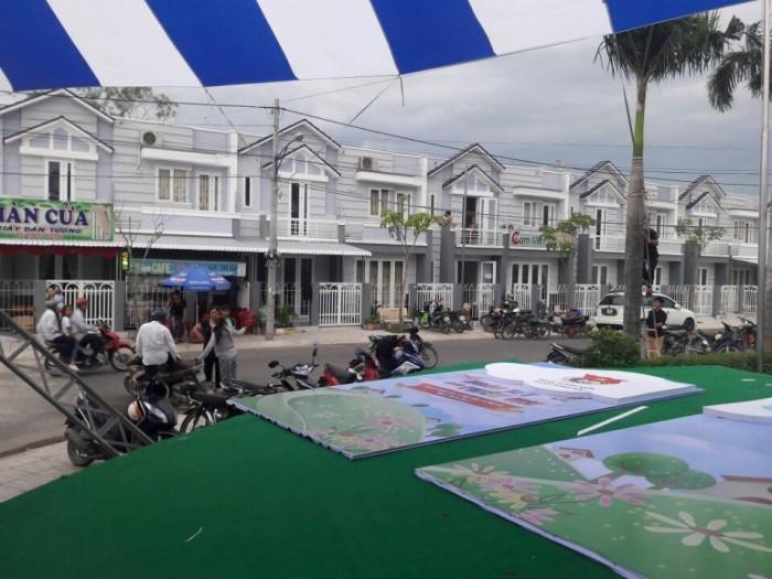 Nhà Phố Nằm Ngay Khu Đô Thi Sinh Thái Tphcm. 1 Triệt 1 Lầu. Giá 980tr.