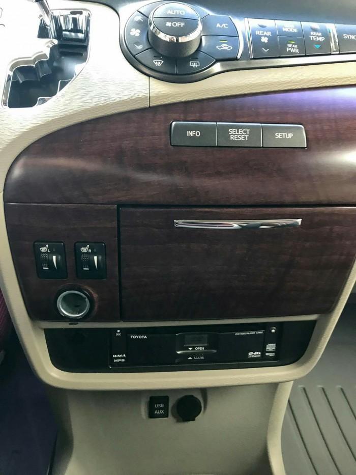 Toyota Sienna sản xuất năm 2012 Số tự động Động cơ Xăng