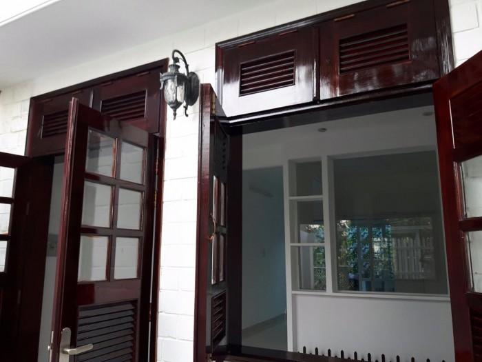 Cần bán nhà ở Huỳnh Tấn Phát, Nhà Bè, mới sửa lại, 1 lầu, nhà cấp 4
