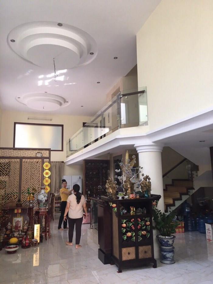 Nhà biệt thự góc 2 MT Nguyễn Thượng Hiền, 15x21, nhà 3 tầng, giá 25 tỷ
