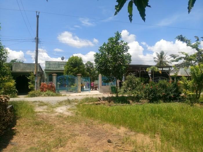 Bán đất ngay tại ngã tư Bàu Cạn, xã Long Phước, giá chỉ 1,3tr/m2