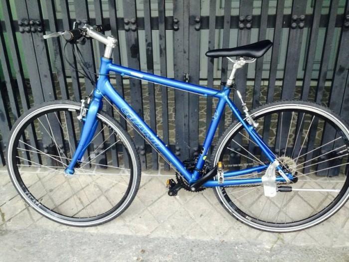 Xe đạp touring Giant Escape (bãi Nhật )