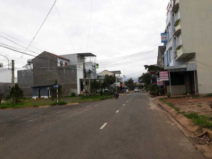 Neo Người Bán Nhanh Nhà Đất Phú Hội  3 căn Biệt Thự MiNi1900m2 chỉ với giá 5.1 tỷ