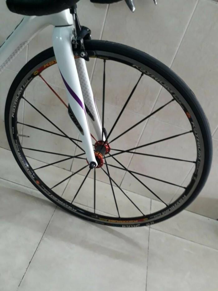 Roadbike cacbon SPECIALIZED ruby 2016. Like new 1