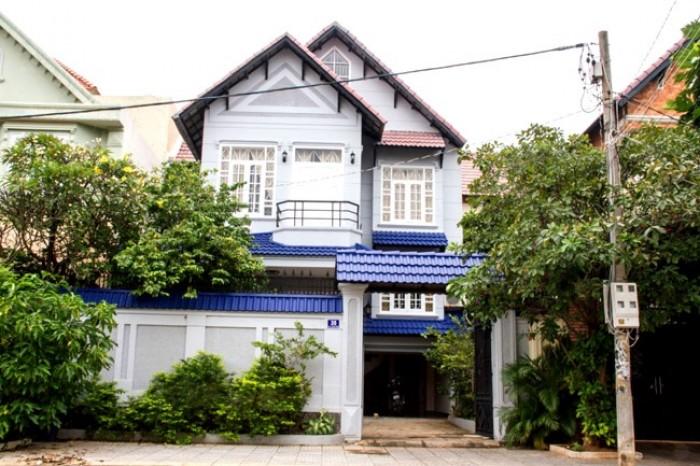 Bán đất 325m2 mặt tiền đường Lê Văn lương, Nhà Bè. Giá rẻ