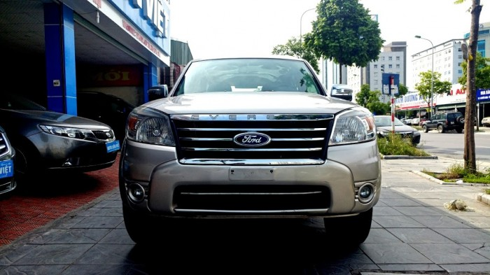 Ford Everest 2.5MT 2010 4X4