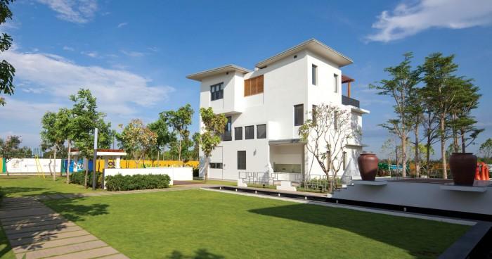 Bán Nhà Phố 1 Trệt 2 Lầu, Giá 2.5 Tỷ, Xã Đại Phước - Nhơn Trạch - Đồng Nai.