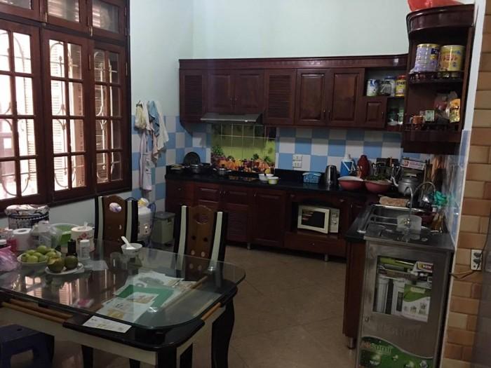 Bán nhà phân lô ngõ  Phùng Chí Kiên, phường Nghĩa Đô dt 70 m2 x 5 t còn đẹp