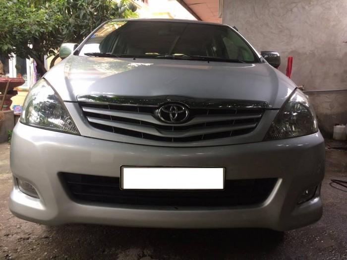 Cần bán Toyota Innova 2.0G, sản xuất 2010. Xe rất đẹp