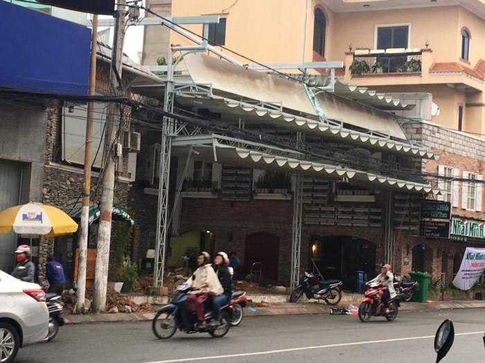 Bán nhà vị trí đẹp mặt tiền đường Phạm Phú Thứ, phường 11, Tân Bình,  7,8x20m, cấp 4