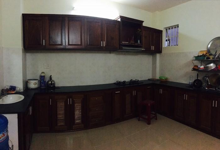 Cho thuê nhà mặt tiền đường Hoàng Kế Viêm, 3 phòng ngủ