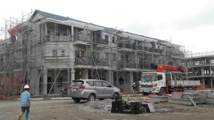 Cần bán gấp nhà phố dự án Senturia Vườn Lài quận 12