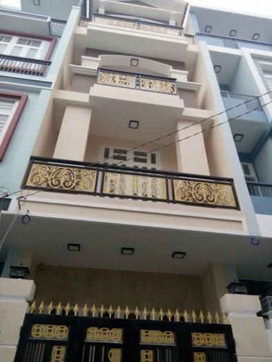 Bán nhà đường Hiệp Bình .DT:4x14 (56m2) giá 2.6 tỷ ,1 tr,3 Lầu ,SHR, đầy đủ nội thất