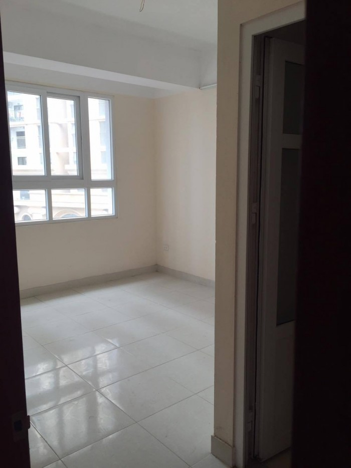 Bán chung cư A14B2 đường Nguyễn Chánh. Diện tích 74m2