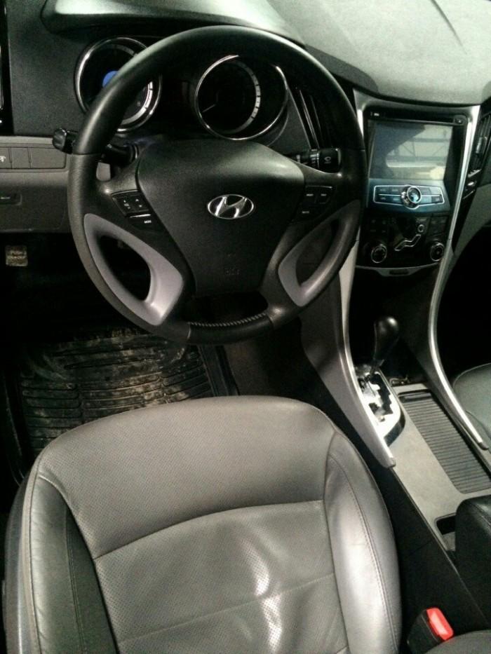 Bán Hyundai Sonata 2.0AT nhập Hàn Quốc 2011 màu trắng số tự động 1