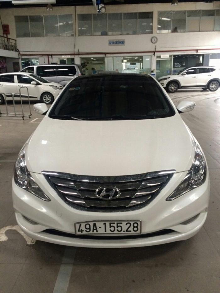 Bán Hyundai Sonata 2.0AT nhập Hàn Quốc 2011 màu trắng số tự động 6