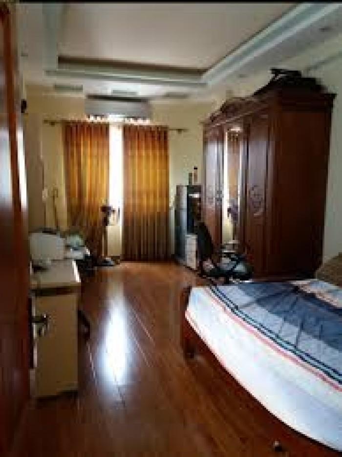 Nhà hiếm, được bán ở phố Vân Hồ, Q. Hai Bà Trưng, ngõ đẹp thẳng.