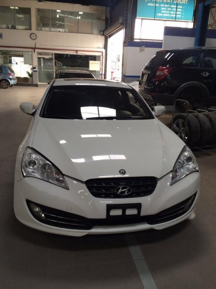 Bán Hyundai genesis Koup 2.0AT 2011 xe nhập nguyên chiếc màu trắng