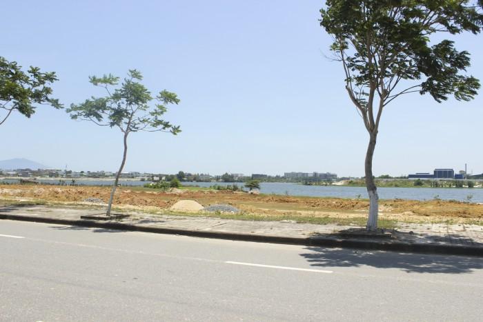 Cần bán lô đất hướng Tây Bắc,quận Liên chiểu chỉ với 6,6tr/m2