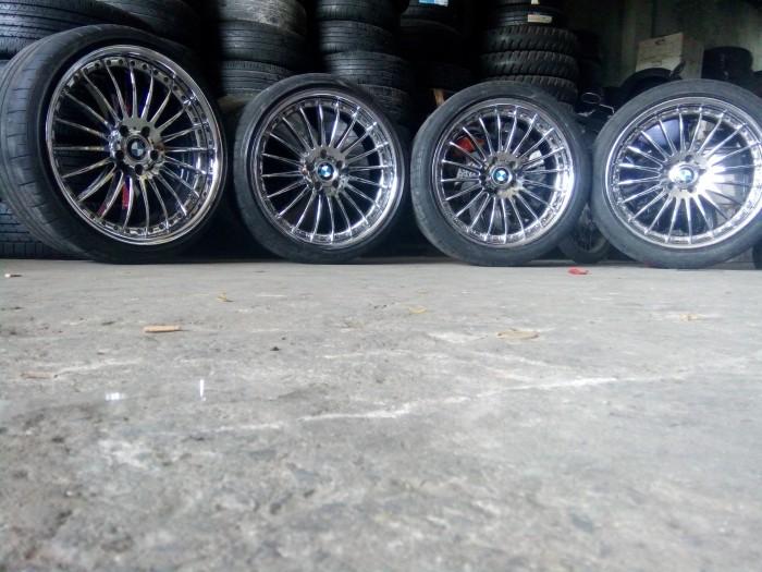 Mâm lốp xe ôtô 4