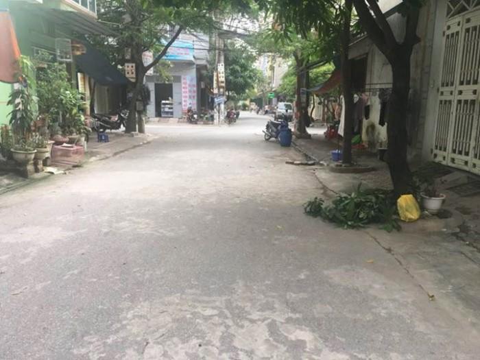 Nhà phố Trần Duy Hưng, Cầu Giấy, 69m2, 4 tầng, kinh doanh sầm uất.