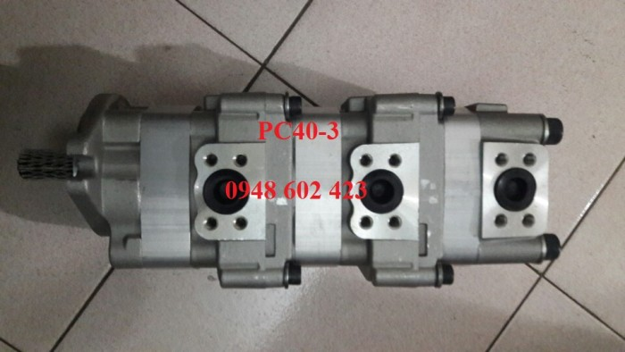 Bơm thủy lực PC40-3 705-54-20010.