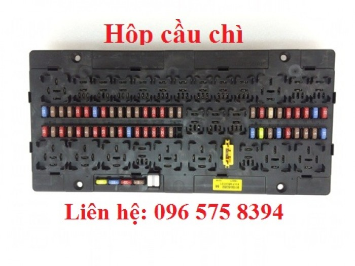 Hộp cầu chì xe Hyundai HD120 - HD210 (5 tấn - 13 tấn)