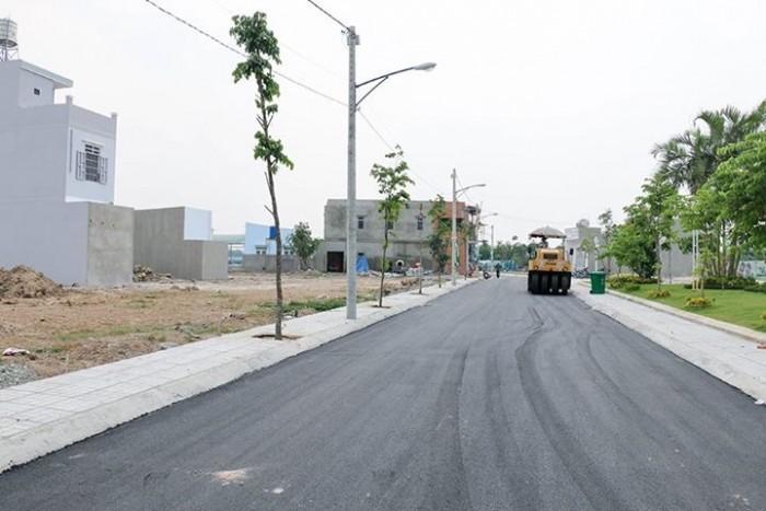 Bán đất diện tích lớn MT đường Nguyễn Thị Định quận 2