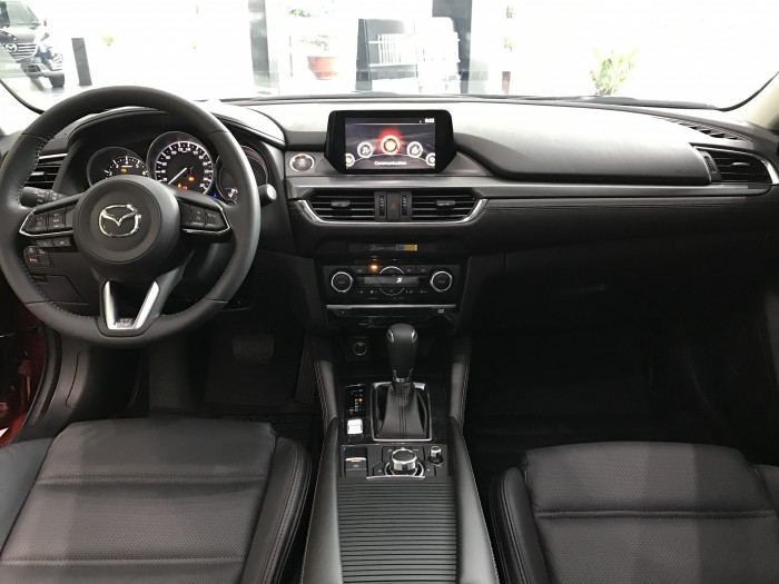 Ưu đãi Mazda 3 FL 2018 - Tặng bảo hành lên đến 5 năm 4