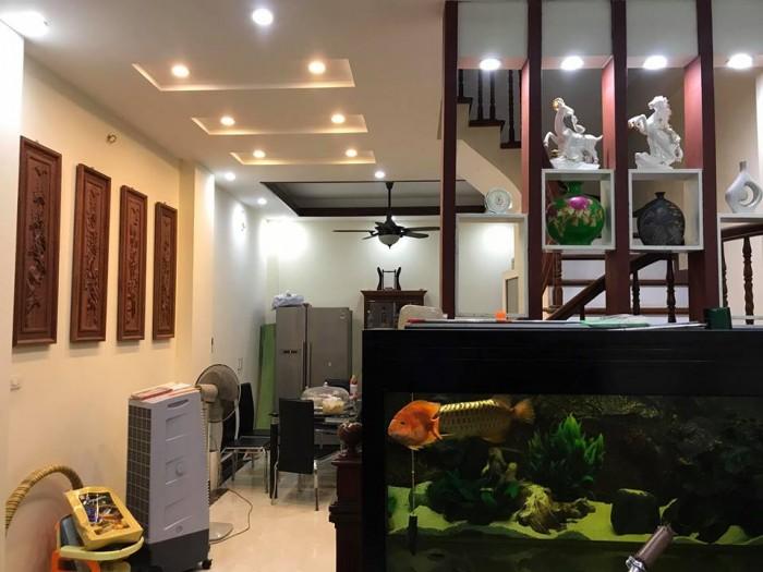 Bán nhà MP Mai Động, 5 tầng, MT 4.7m, kinh doanh sầm uất