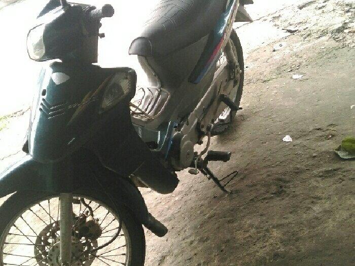 Suzuki 110cc viva R zin 3