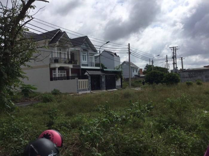 Đất thổ cư thị trấn Long Thành, xây dựng tự do, đường Lê Duẩn, dân cư hiện hữu, đã có sổ riêng